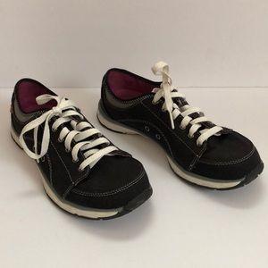 Dr scholls sneakers